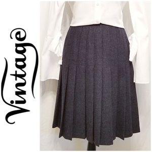 Pendleton Woolen Mills Petite Pleated Skirt